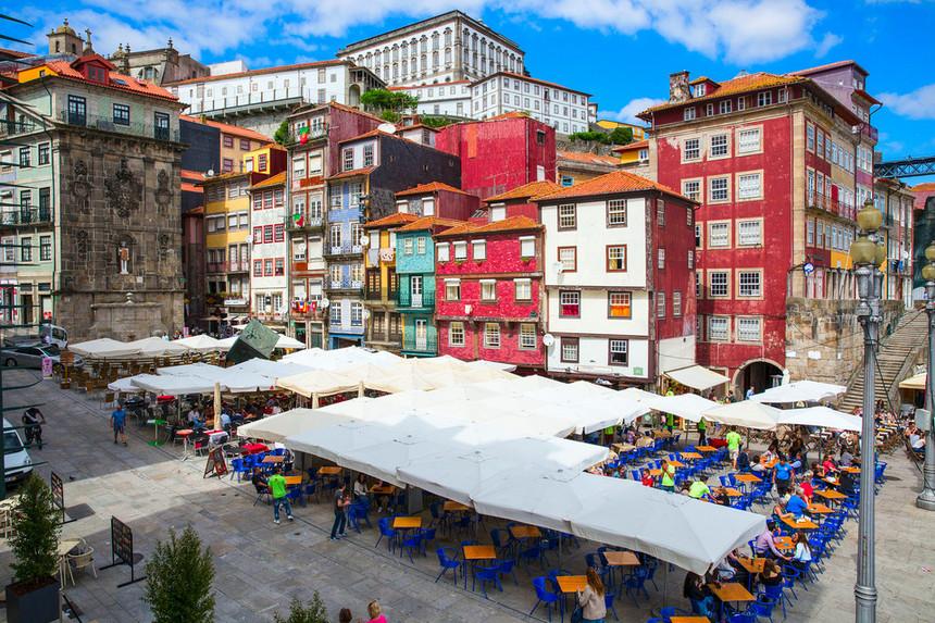 Deco alerta para falsas imobiliárias a operar no Porto